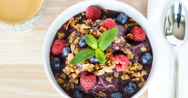 Eat This: Easy Acai Smoothie Bowl! Featured Image