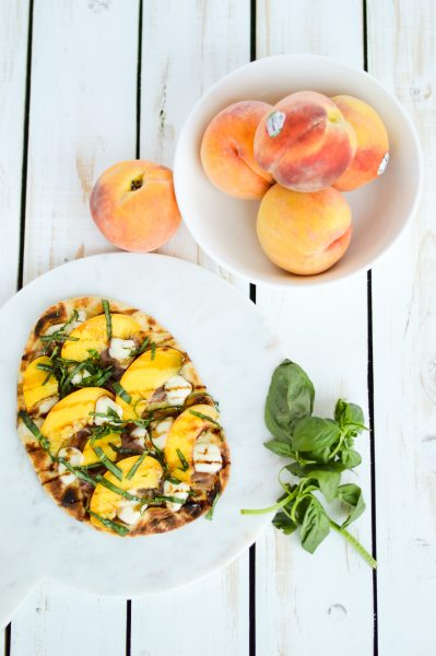 Peach and Prosciutto Grilled Flatbread Recipe takes 15 minutes - the perfect summer recipe the whole family will love!