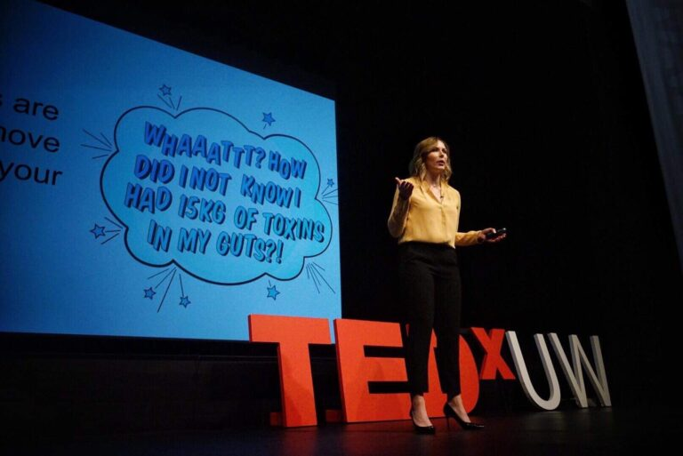 Andrea Hardy registered dietitian nutritionist from Calgary Alberta giving her TEDx talk on how we're KILLING human connection with science, and how to make patient care meaningful again!